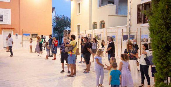 Otvorenje Izložbe Ćutim otok svoj